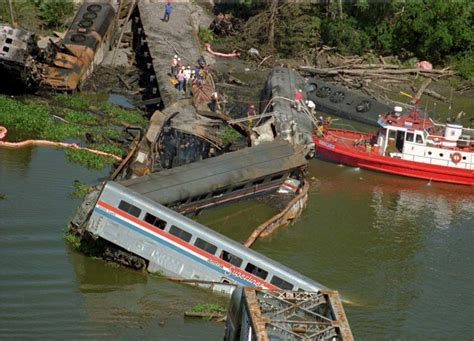 boat crash near skyway on this day september 22nd