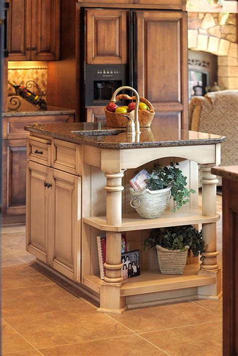 kitchen cabinet island ideas best 25 kitchen islands ideas on island