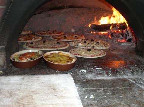 cuisine au four à bois restaurant pizzeria la toscane 224 villemur sur tarn