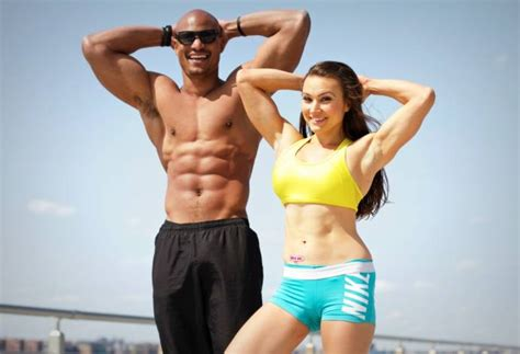 top ten exercises    pack abs  gym equipment