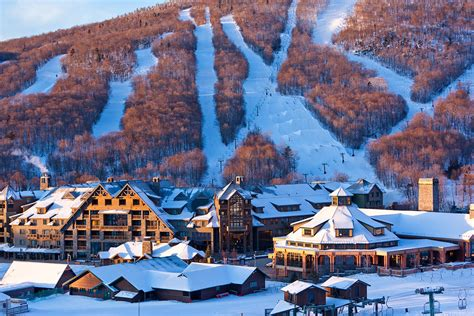 mountain vt hotel in stowe vt stowe mountain lodge photo and gallery