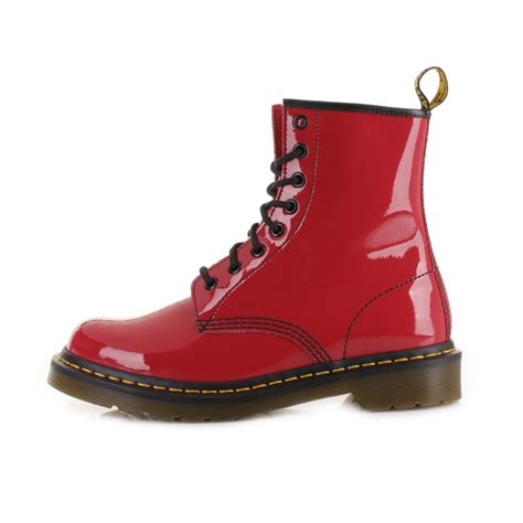 Sepatu Dr Martens Low Leather 05 womens dr martens 1460 patent ler leather casual