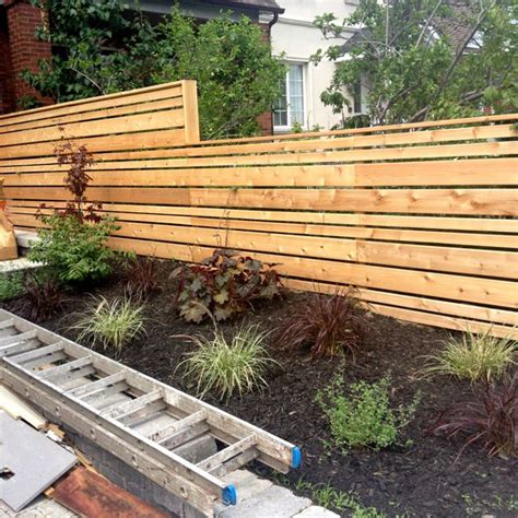 Contemporary Garden Fencing Ideas Best 25 Horizontal Fence Ideas On Pinterest