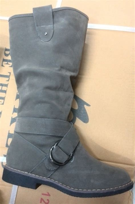 boots winter suede boots was sold for r219 00 on 11