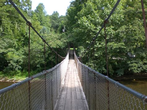 swinging bridge tennessee swinging bridge in townsend tn townsend tn things to