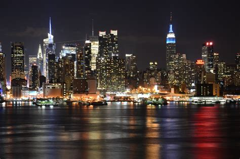 kaos new york new york 05 real estate values two ny buildings sell for 1 billion