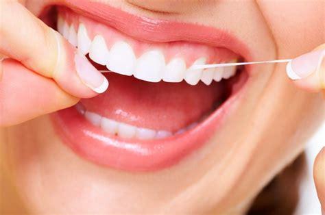 Pasta Gigi Pemutih hindari pasta gigi pemutih pakai cara memutihkan gigi dan karang gigi secara alami berikut
