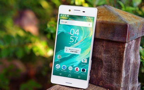 Sony Xperia X hands-on - GSMArena.com tests Xperia U White Hands On