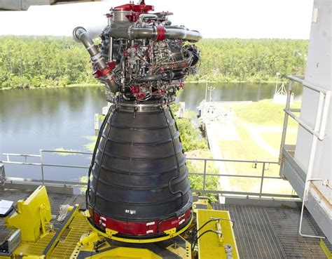 Raket Rs Original Nasa Begins Engine Test Project For Space Launch System Rocket