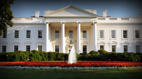 white residence obama white house keeping more secrets than any before pbs newshour