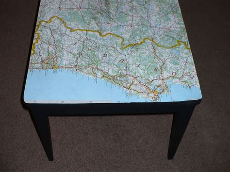 Decoupage Table - decoupaged table make