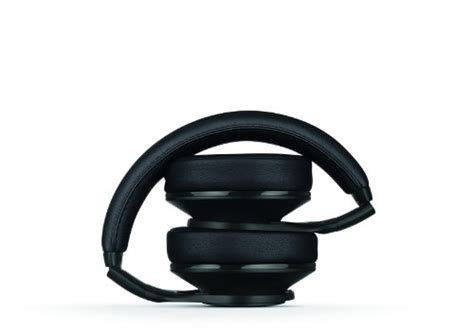 Headphone Beats Executive Black beats executive ear noise cancelling headphones black