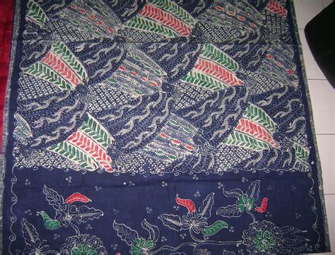 Batik Tulis Pewarnaan Alam Batik Traditional Indonesia batik tulis