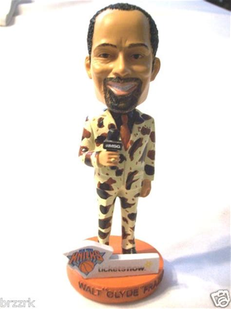 d mo bobblehead 154 best images about bobble heads on