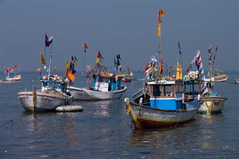 indian fishing boat india and sri lanka agree to end bottom trawling but