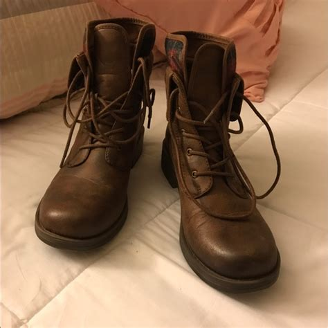 payless brown boots american eagle by payless american eagle brown boots