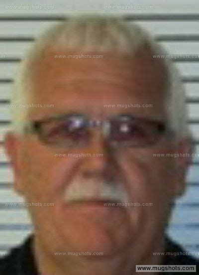St Clair County Il Arrest Records Daryle W Robertson Mugshot Daryle W Robertson Arrest St Clair County Il
