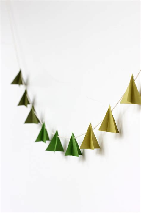 printable christmas tree garland diy christmas garlands to make with your children