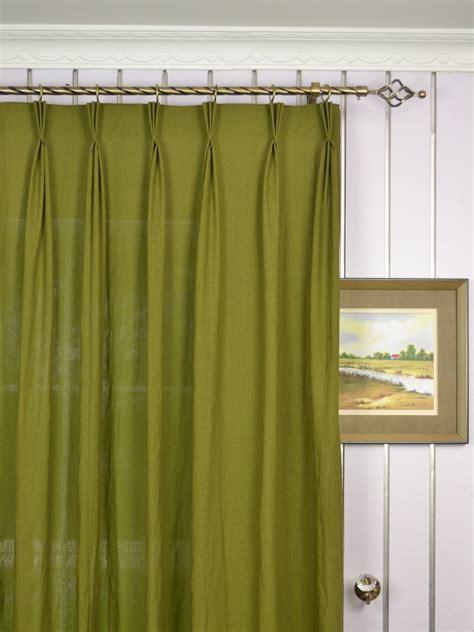 Shades: Beautiful Curtain Design Using Pinch Pleat Sheers