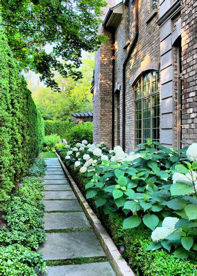 17 landscaping side yard ideas to inspire you style motivation
