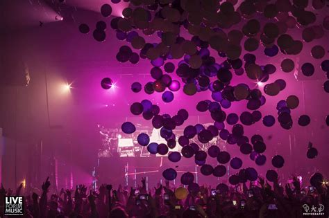 pretty lights nye 2018 pretty lights washes away 2016 with stellar year s