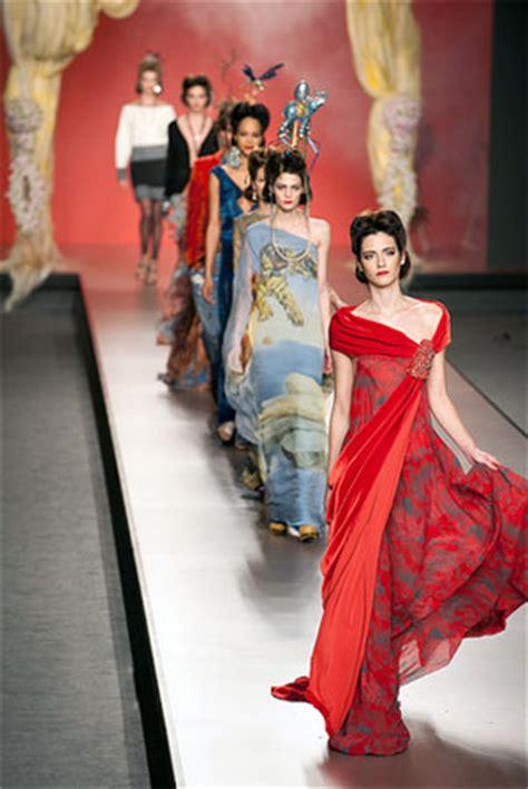 design clothes in spanish fernando caruncho