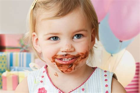 for toddlers a mess with food may actually help toddlers learn