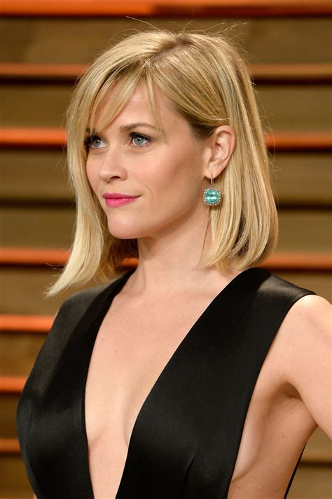 reese witherspoon angled bob more pics of reese witherspoon mid length bob 8 of 22