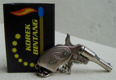 Oleh Oleh Gantungan Kunci Unik Negara Italia 1 antik n antique gantungan kunci miniatur pistol mignonnette molgora italia