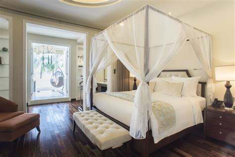 Four Post Bed Song by Luxury Hotel Suite With Balcony Riverview Villa Song