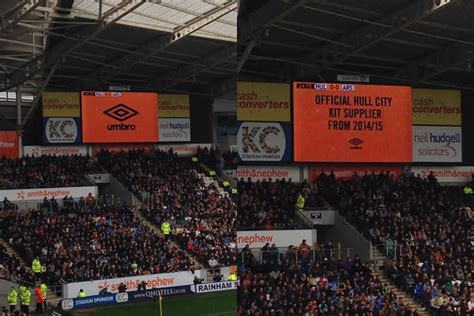 u boat watch manchester hull city announce umbro kit deal during arsenal game