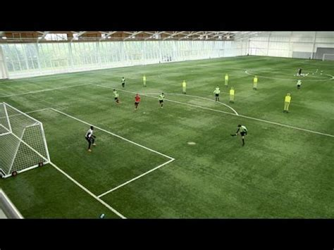 football link link up play in the attacking third soccer