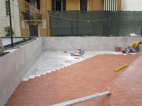 terrazzo pavimento foto impermeabilizzazione terrazzo e posa pavimento di
