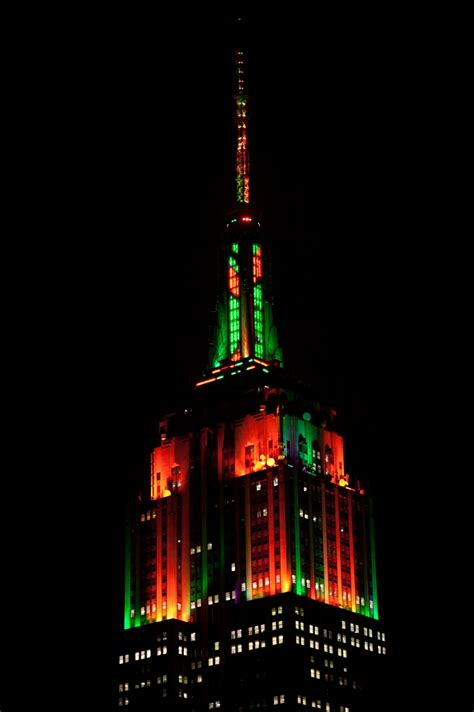 Parade Of Lights Tour Esb Annual Halloween Music To Light Show Empire State