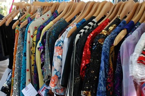 clean out your closet make by selling
