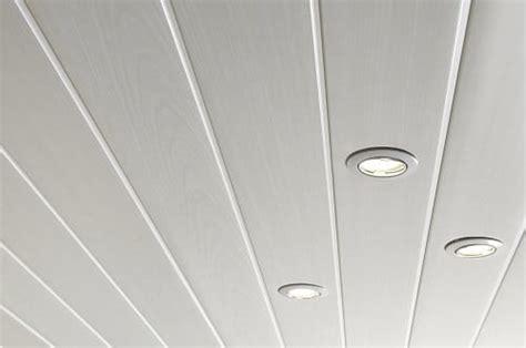 Lambri Pvc Plafond by Am 233 Nager Une Pi 232 Ce Avec Un Lambris Plafond Topdeco Pro