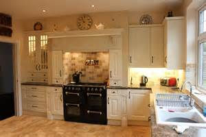 traditional kitchen design ideas why choosing traditional kitchen designs
