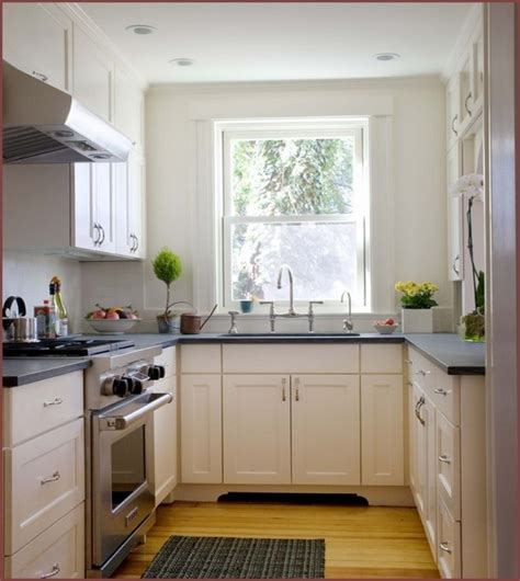 decorating a small apartment kitchen