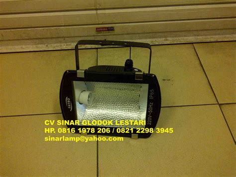 Lu Jalan Pju Led 150w by Lu Sorot Metal Halide 70w 150w E27 Fatro