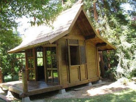 thai hut garden