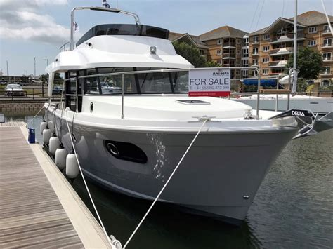 best boat for family of 5 5 best 30ft family powerboats boats
