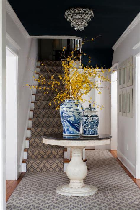 foyer   table hgtv