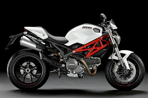 ducati motorcycle top motorcycle wallpapers 2011 ducati monster 796 gallery