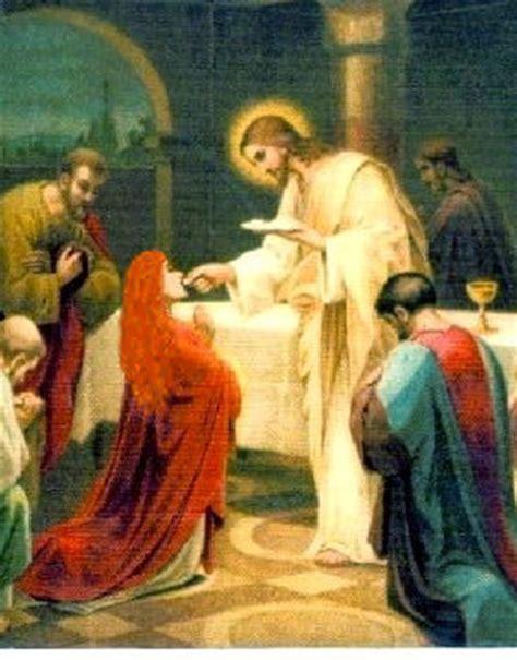 imagenes de jesus dando la comunion el misterio de la eucaristia