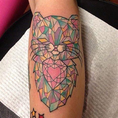 tattoo geometric cat geometric crystal cat tattoo tattoos pinterest