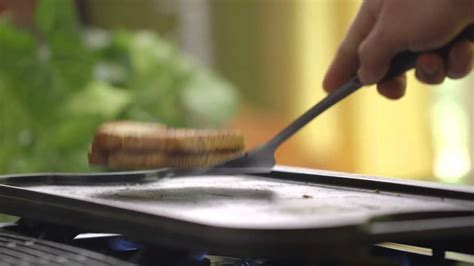 how to cook with cast iron youtube how to cook on a cast iron griddle youtube