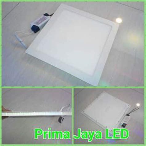 Lu Led Philips Untuk Plafon lu plafon led kotak tipis 24 watt prima jaya led