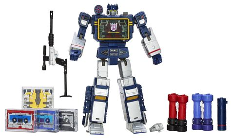 Transformers Masterpiece Toys by Transformers Masterpiece Soundwave With 5 Cassettes