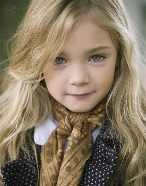 daphne little girl models kid models models pinterest child photography and