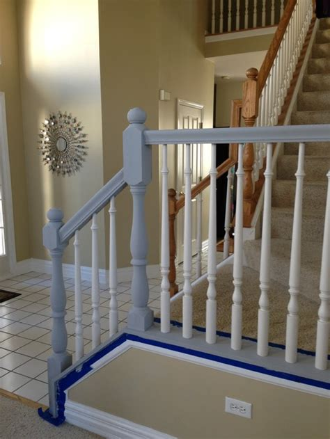 what does banister mean what color for bottom of banister white or black to match